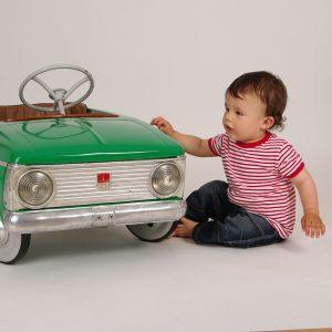 Voiture électrique bébé: Les éléments à considérer avant de faire votre achat