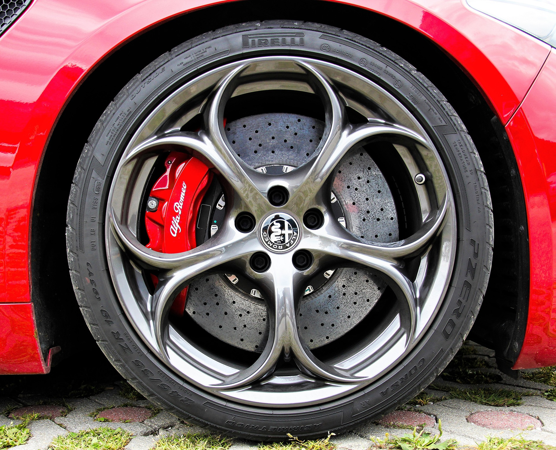 Pourquoi choisir les pneus 4 saisons ?